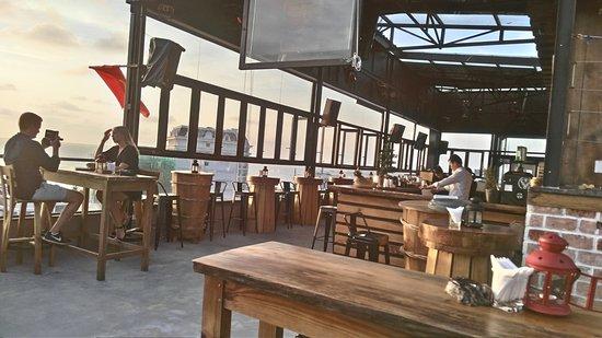 Skye Bar - Phu Quoc Ocean Pearl Hotel