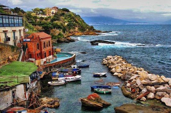 Meravigliosa Napoli in auto più in