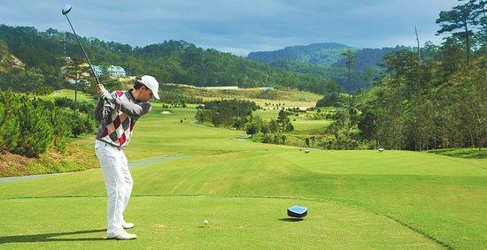 Ντα Λατ, Βιετνάμ: SAM Tuyen Lam Golf Club