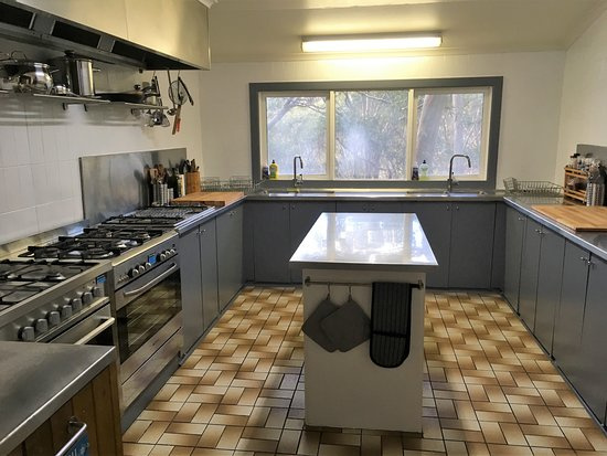Mount Baw Baw, Australia: Modern, fully equipped kitchen
