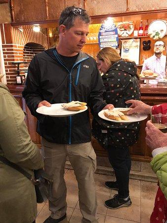 San Sebastian Walking Tours: Keith offering us food