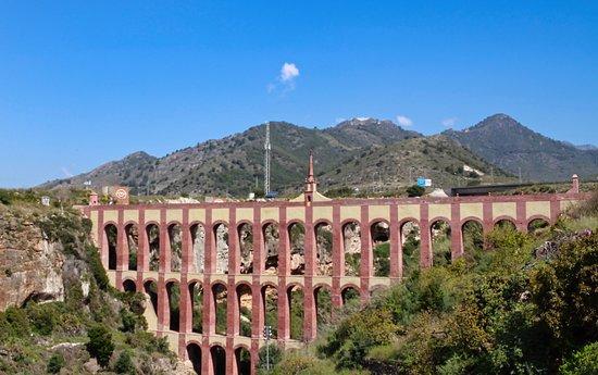 Acueducto Del Aguila