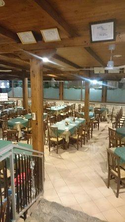Motta San Giovanni, Italy: la sala ampia per gruppi numerosi