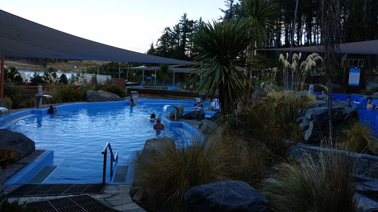 Tekapo Springs-hot pools