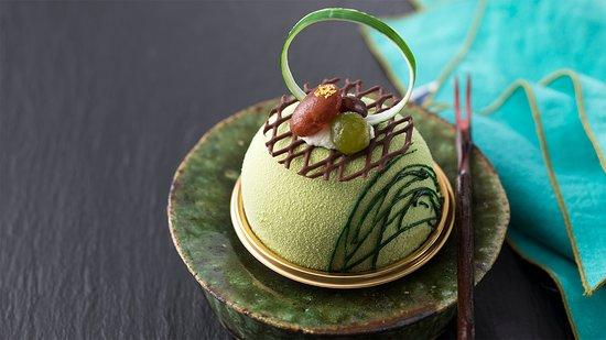Cafe Tostina Sheraton Grande Tokyo Bay Hotel : 5月限定 抹茶 スイーツ&ベーカリー 抹茶と小豆練乳ムース