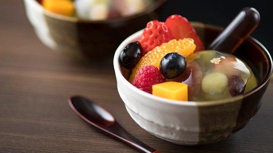 Cafe Tostina Sheraton Grande Tokyo Bay Hotel : 5月限定 抹茶 スイーツ&ベーカリー 抹茶プリン