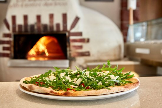 Trocadero: Holzofen Pizza