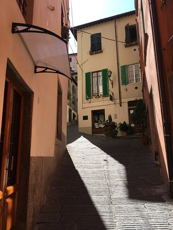 Castelvecchio Pascoli, İtalya: Barga