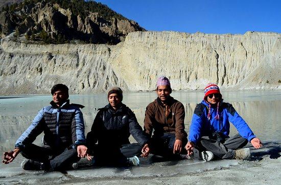 Manang, نيبال: Ganagapuran Lake
