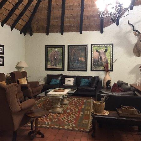 Umkumbe Safari Lodge: photo2.jpg