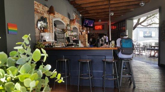Cafe Manhattan: Our Beautiful Bar