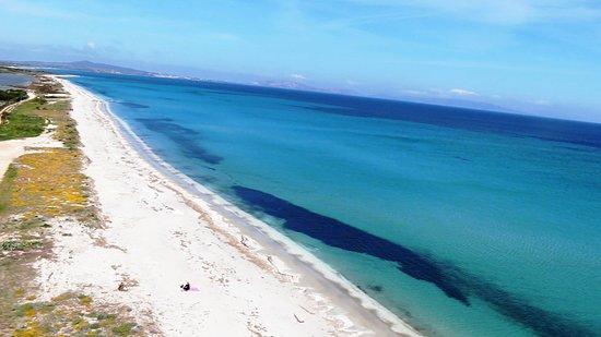 Marina di Sorso, إيطاليا: La magnifica spiaggia della Marina di Sorso