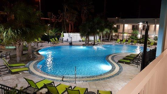 Hilton Garden Inn Key West - The Keys Collection: Pool at night
