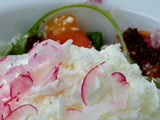 Premanon, Francia: Salade Buratta C'est l'ete