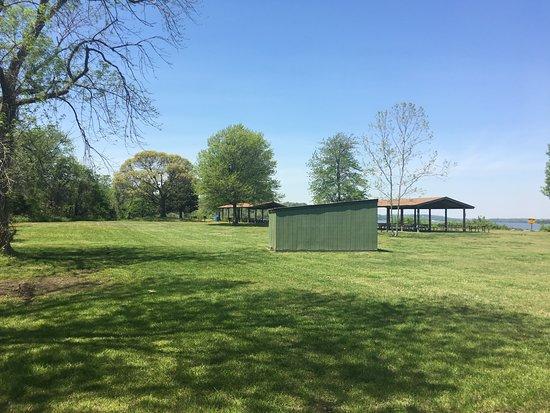 Fredericksburg, VA: Picnic pavilions