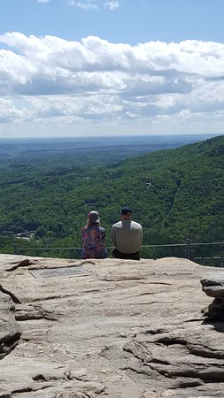Chimney Rock, NC: Great place to gaze with your loved one