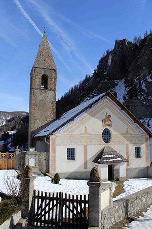 Saint-Dalmas-le-Selvage, France: L'église de Saint-Dalmas-le Selvage