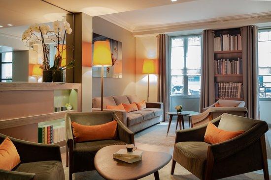 hotel le tourville par s francia opiniones y comparaci n de precios hotel tripadvisor. Black Bedroom Furniture Sets. Home Design Ideas