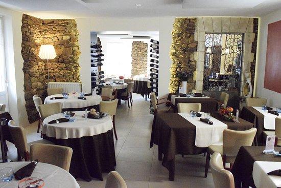 Coueron, Francja: salle de restaurant
