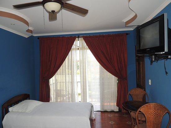 San Lorenzo de Flores, Costa Rica: Apartment