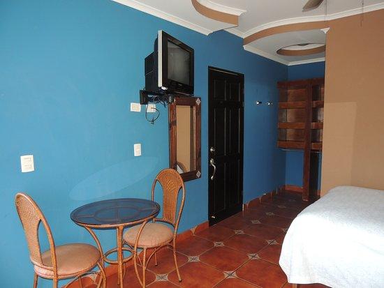 San Lorenzo de Flores, Kosta Rika: Two bedroom apartment second floor