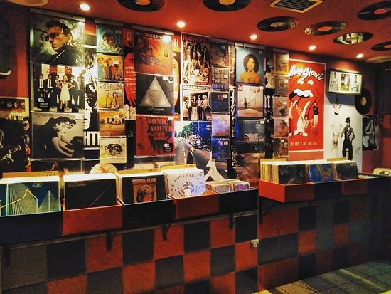 Underground Bar & Record Shop