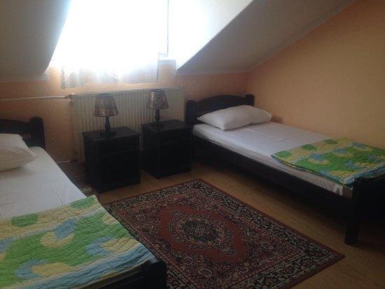 Leskovac, Serbia: Soba 22