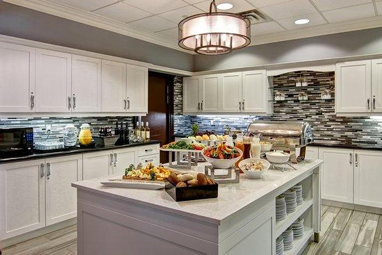 Homewood Suites by Hilton Burlington Photo