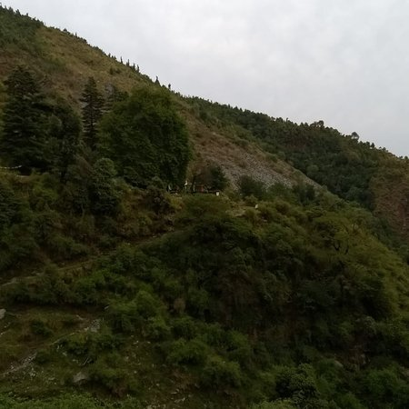 Bhagsu Waterfall照片