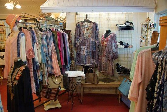 Bell Buckle, TN: Women's boutique