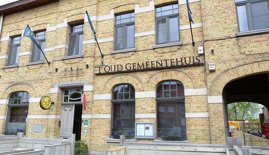 West-Flandern, Belgien: Straatterras - B&B Poelkapelle 't Oud Gemeentehuis 2018042527
