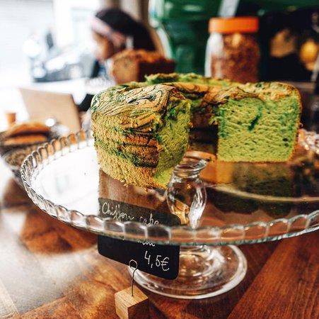 pandan cake (eileen cho photography)
