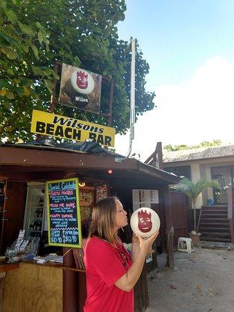 Wilson's Beach Bar - Castaway Resort Rarotonga: Hey look it's Wilson!