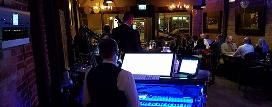 The 2 Grands Piano Lounge