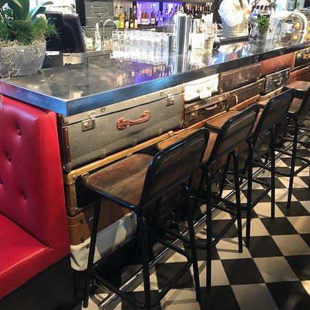 Vastra station Restaurang & Bar: Very Cool Vibe