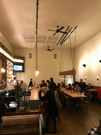 San Mateo, CA: Inside the eatery