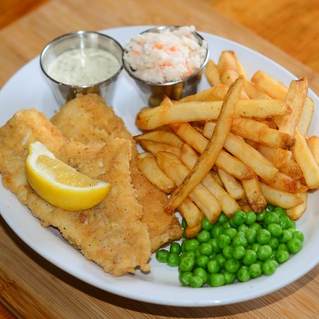Harbourview Restaurant: Fish and Chips!