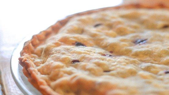 Harbourview Restaurant: Homemade Blueberry Pie!