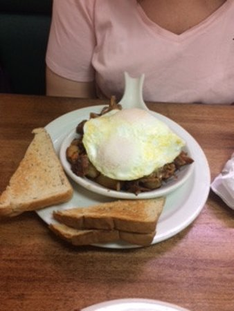 Clary's Corner Cafe: Specialty ham (DELICIOUS!) skillet