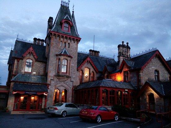 Dundarach Hotel Photo