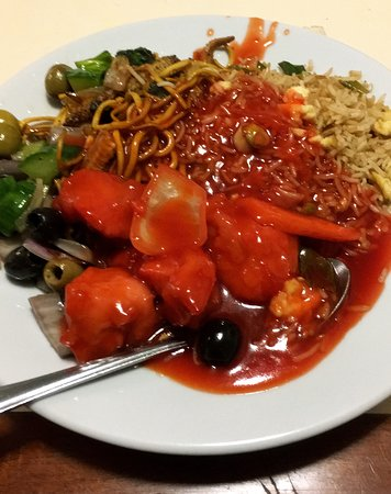 Cook & Indi's World Buffet: Lovely food