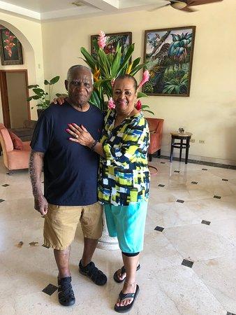 San Ignacio Resort Hotel: Mom & Dad