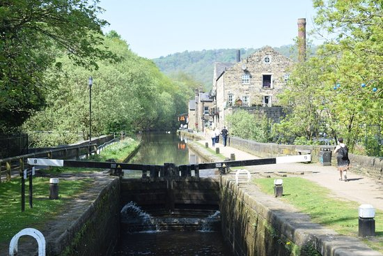Hebden Bridge Canalside