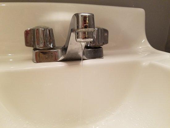 Constitution Inn: Running faucet