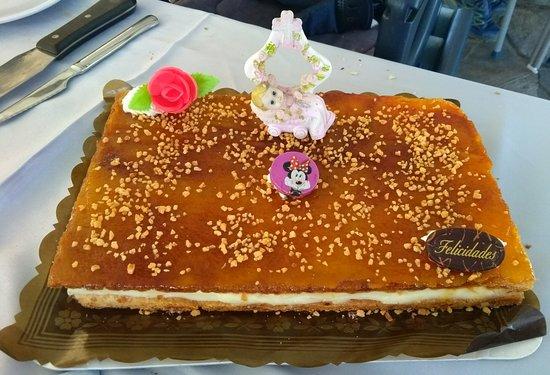 Molinaseca, Ισπανία: La tarta del bautizo