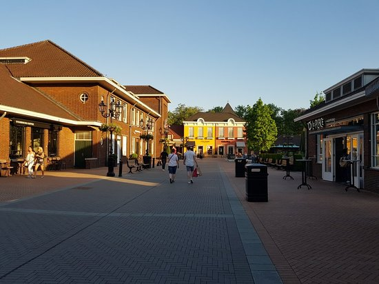 430c0288d37 20180508 195102 large.jpg - Picture of Designer Outlet Roermond ...