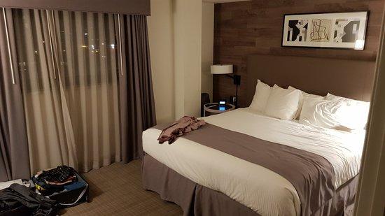 Warwick Denver Hotel: 20180503_204024_large.jpg