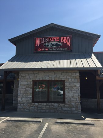Foto de Millstone Restaurant Smoked BBQ