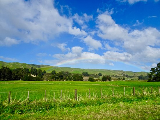 Eketahuna, New Zealand: Rainbow over Pastures near Cwmglyn Farm Entrance