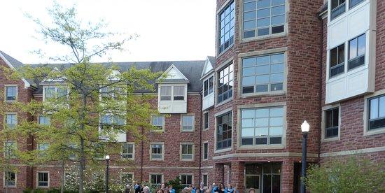 Sackville, كندا: Campbell Hall, Mt. Allison University